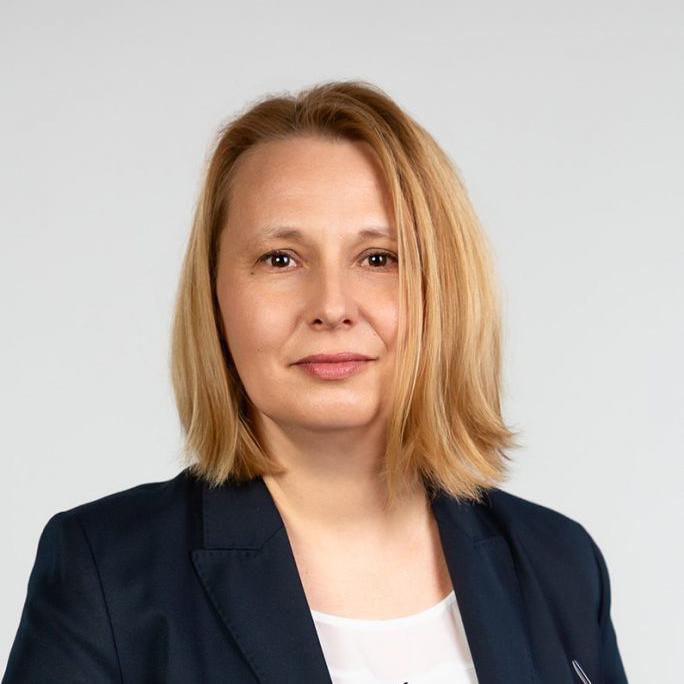 dr Ewa Szymczak