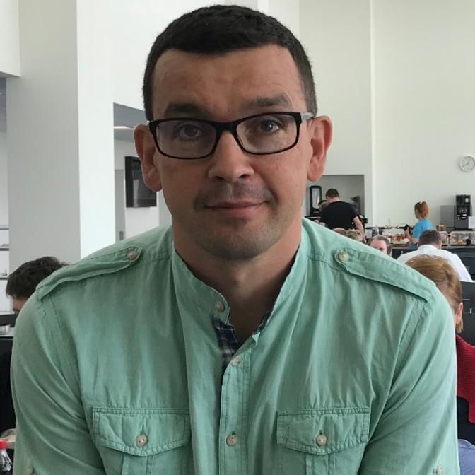 dr Jarosław Jendza